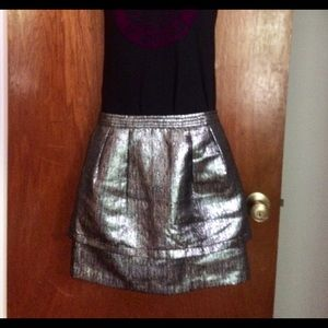 Skies are blue funky silver skirt size small med